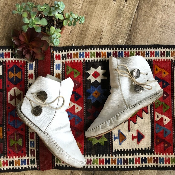 Indian Smoke Shop >> 48% off Taos Footwear Shoes - Vintage Taos White Leather Ankle Conch Moccasins from Mindy's ...